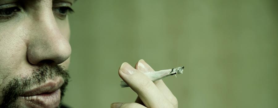 Erbrechen Syndrom CFS übermäßiger Cannabiskonsum