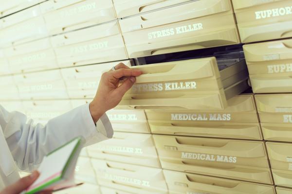 Italien Pharma Gesundheitswesen Medizin Arzt Bedrocan FM2